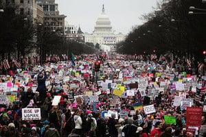 特朗普上任爆抗議 民眾嘆:美國更分裂了