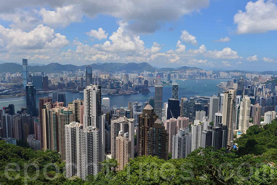 在全球20個樓價最難負擔城市(most unaffordable city)排名中,香港位居首位,其次是悉尼和溫哥華。(郭威利/大紀元)