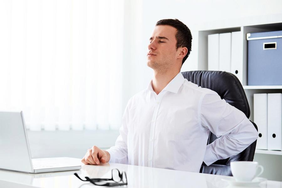 久坐比抽煙危險美專家:座椅扼殺健康