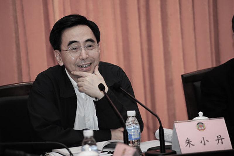 日前,卸任中共廣東省省長的朱小丹首次露面時稱,不要再叫他省長了,朱小丹是否能安全著陸再受關注。圖為朱小丹資料圖片。(網絡圖片)