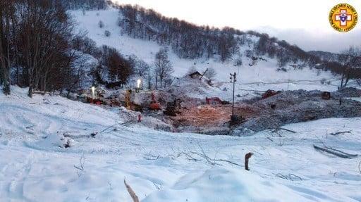意遭雪崩掩埋酒店的所有遇難者遺體被尋獲