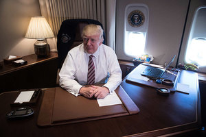特朗普首搭空軍一號 在費城發表重要議程演說