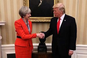 與英首相開記者會 特朗普直面尖銳問題