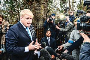 倫敦市長支持脫歐 英鎊重挫