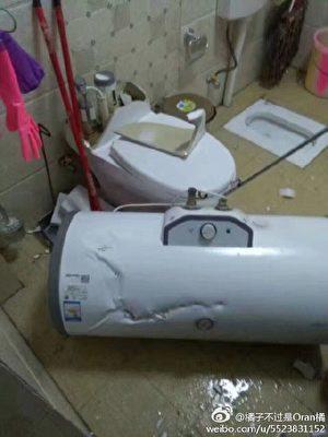 室內的熱水器掉落到地上。(網絡圖片)