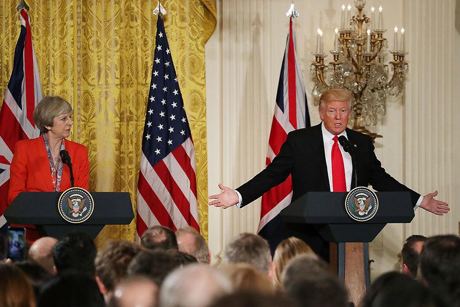 2017年1月27日,特朗普與英國首相文翠珊會面。這是特朗普首次以總統身份接待外國元首。且在會面後兩人共同召開新聞發佈會。圖為新聞發布會現場。(Mark Wilson/Getty Images)