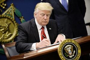 移民行政命令惹議 白宮幕僚長:綠卡不受影響