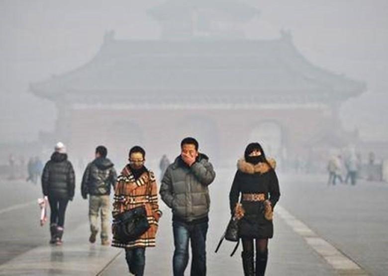 各地民眾返鄉度歲,不少工廠暫停排污,但污染問題卻沒有因此減輕。(網絡圖片)