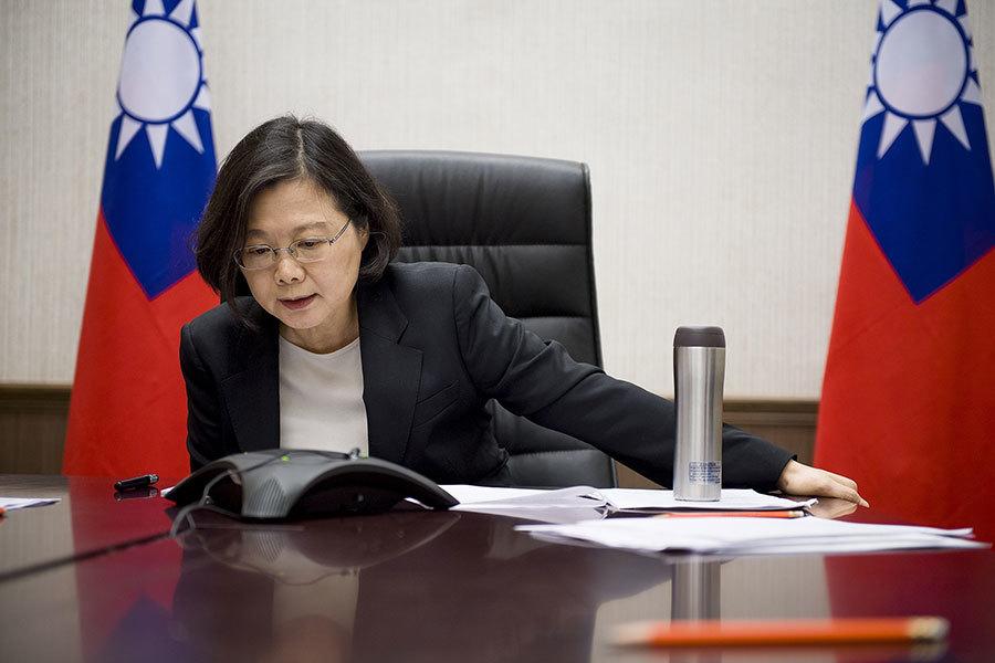 中華民國總統蔡英文和特朗普總統通電話。(總統府)