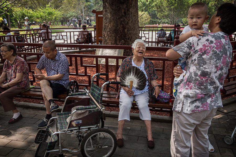中國面臨嚴重的人口結構問題。(Kevin Frayer/Getty Images)
