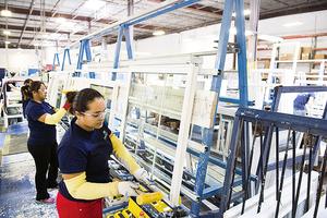 美就業數據佳 製造業現復甦