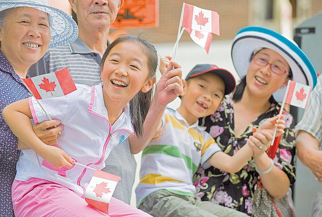 加拿大國土面積全球第二大,但人口密度卻列全球倒數第八位。如果不依靠移民,加拿大人口可能還會進一步萎縮。(加通社)