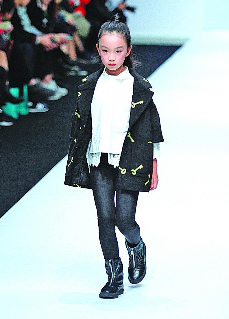東莞家長瘋童模 學業事業陷兩難