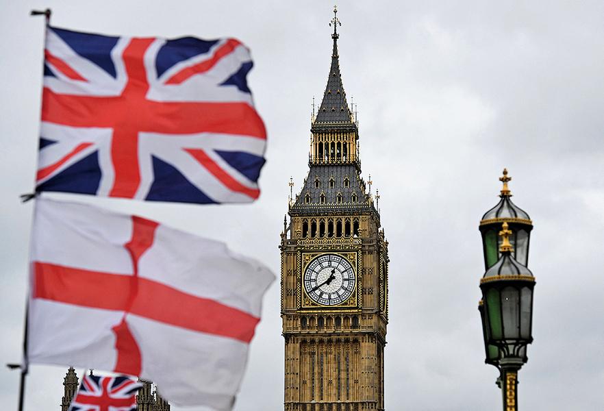 英國會通過政府脫歐法案