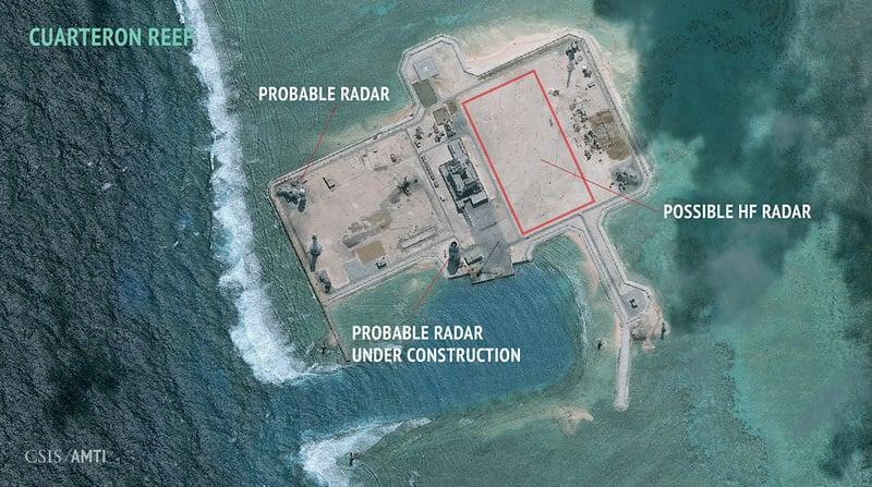華府智囊22日公佈衛星照片顯示,中共在南海的爭議島嶼華陽礁部署高頻雷達。(取自AMTI網站amti.csis.org)