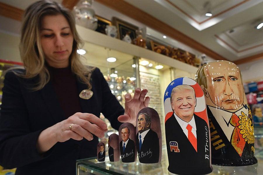 外媒報道,特朗普(特朗普)政府2日似已放寛對俄制裁措施。(ALEXANDER NEMENOV/AFP/Getty Images)