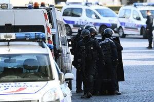 巴黎羅浮宮襲擊案 遊客虛驚無人受傷