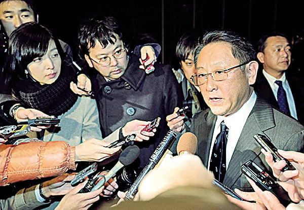 2月3日,安倍晉三與豐田社長豐田章男進行了約2小時的會談,就今後的美日經濟關係的走向交換了意見。(Getty Images)