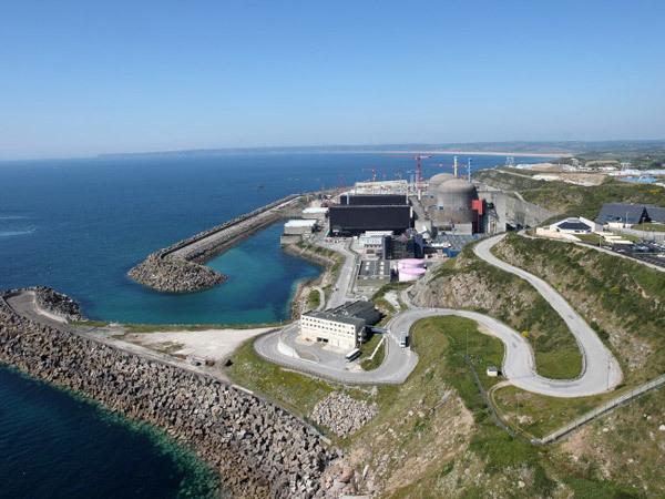 法國核電廠爆炸 無核輻射風險五人受傷