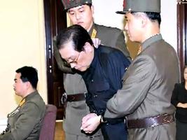脫北者:金正恩當年肅清張成澤 處決近千人