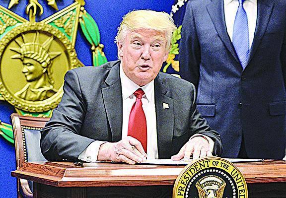 特朗普移民禁令在美歐均獲55%「支持度」