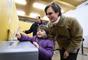瑞士放寬入籍條件 第三代移民自動成公民