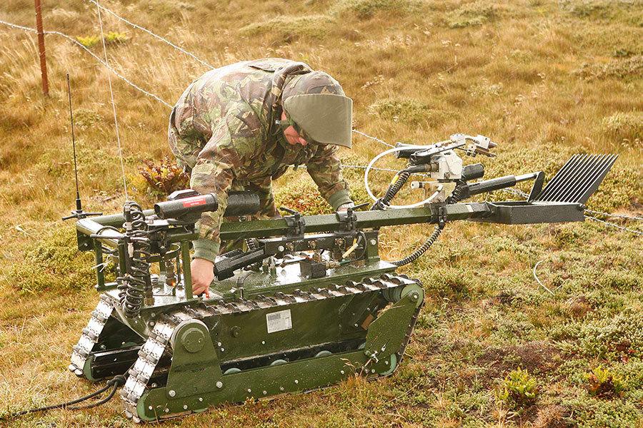 隨著世界強國之間啟動新時代的軍備競賽,有能力作出生死決定和殲滅敵人的自主機器人可能很快將成為戰爭的常見特徵。(Peter Macdiarmid/Getty Images)
