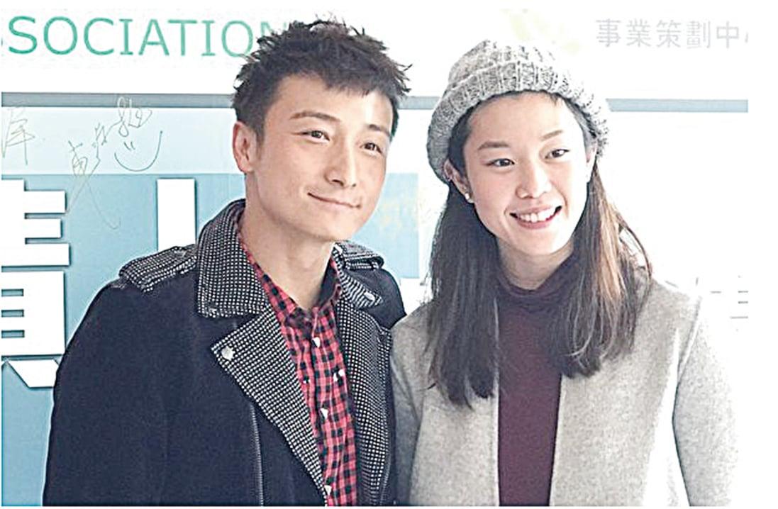 17日下午,香港藝人方力申與歐鎧淳出席在香港浸會大學舉辦的「飛躍奇蹟」香港運動精神分享會。(王文君/大紀元)