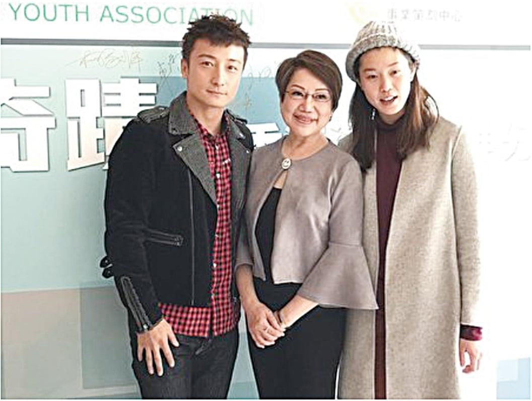 從左至右依次為:香港藝人方力申、司儀車淑梅、歐鎧淳。(王文君/大紀元)