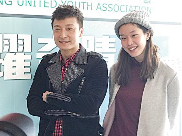 香港藝人方力申與歐鎧淳出席在香港浸會大學舉辦的「飛躍奇蹟」香港運動精神分享會。(王文君/大紀元)