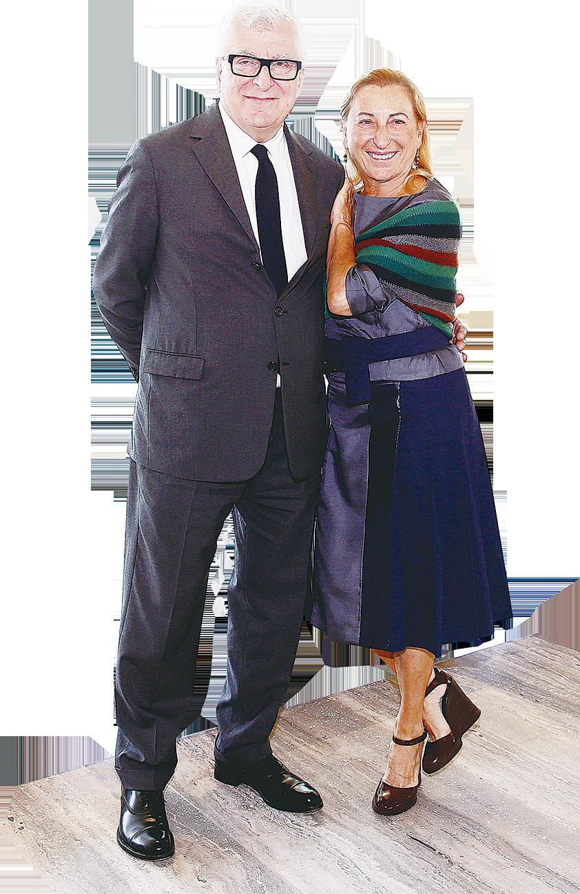 Miuccia Prada和她的丈夫Patrizio Bertelli。他們把Prada從一個小型的家族企業發展成為世界頂級的奢華品牌。(Getty images)