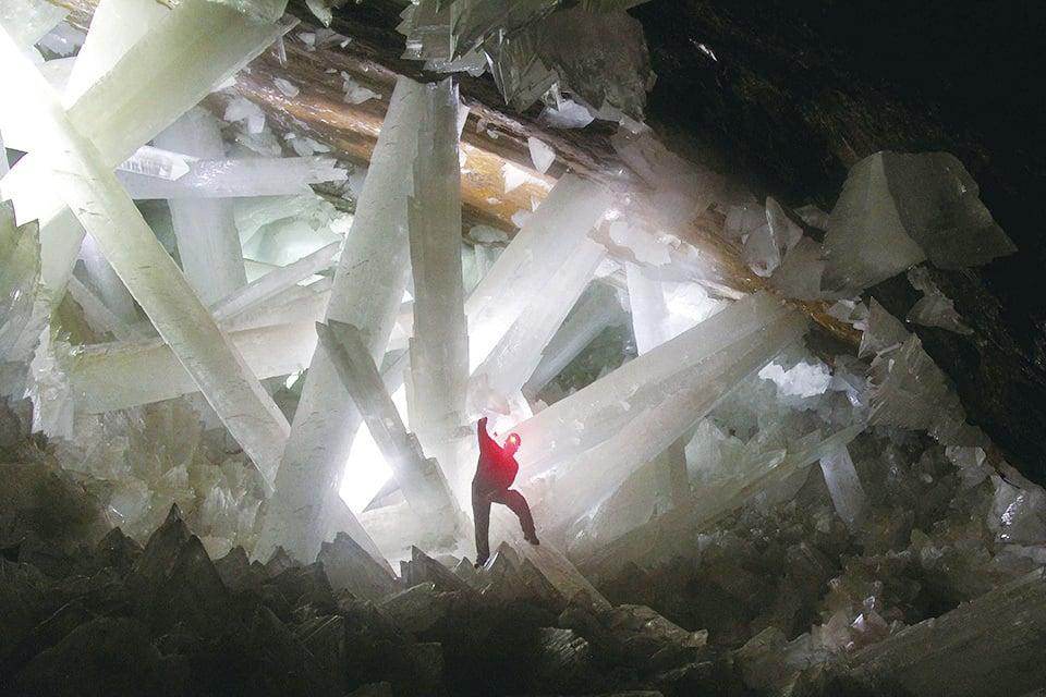 那巨大而美麗的水晶,讓人看了一眼就會終身難忘。(網絡圖片)