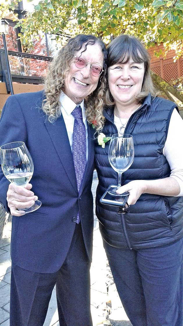 夏丘酒莊創辦人Stephen(左)與Chris Coletta(右)同是BC酒業的功臣。