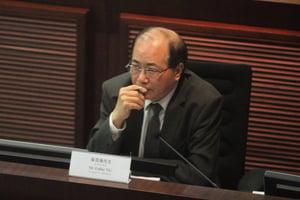 吳克儉指任期滿將退休