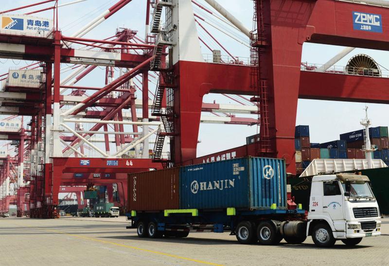 中國在全球貿易總額中佔比逾10%,是全球經濟增長的推力之一,其對全球的影響不言而喻。(AFP)