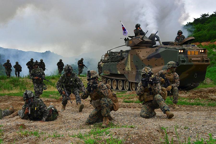 圖為今年7月6日,韓美進行聯合軍演。(JUNG YEON-JE/AFP/Getty Images)