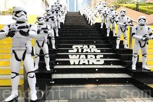 「香港玩具傳奇」展明天開幕 展出逾二千組玩具