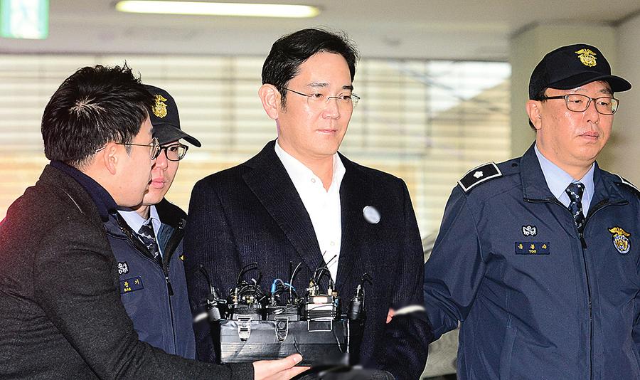 李在鎔牢獄生活整日關囚室看LG電視 參與三星決策
