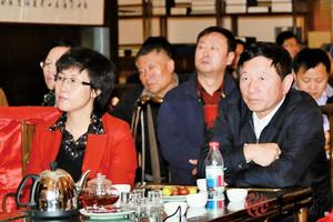 賈慶林十年「副秘」缺席重要會議 或已出事
