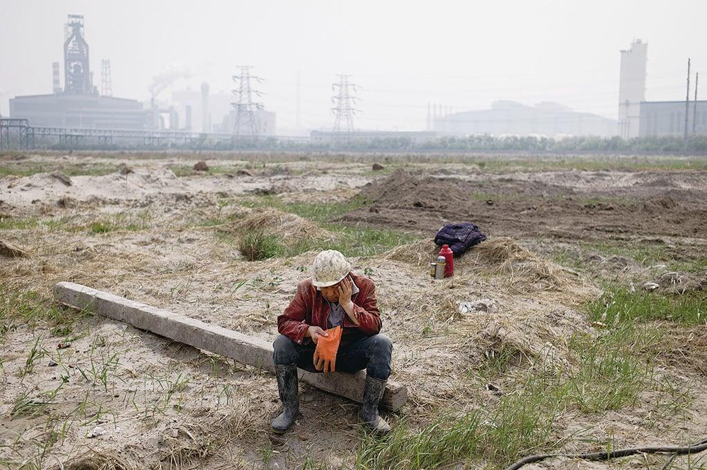 近日有外媒評論,被中共淘汰的「殭屍企業」中大多數是民營企業,而真正需要清理的是那些受到中共政治庇護的殭屍國企。(Getty Images)