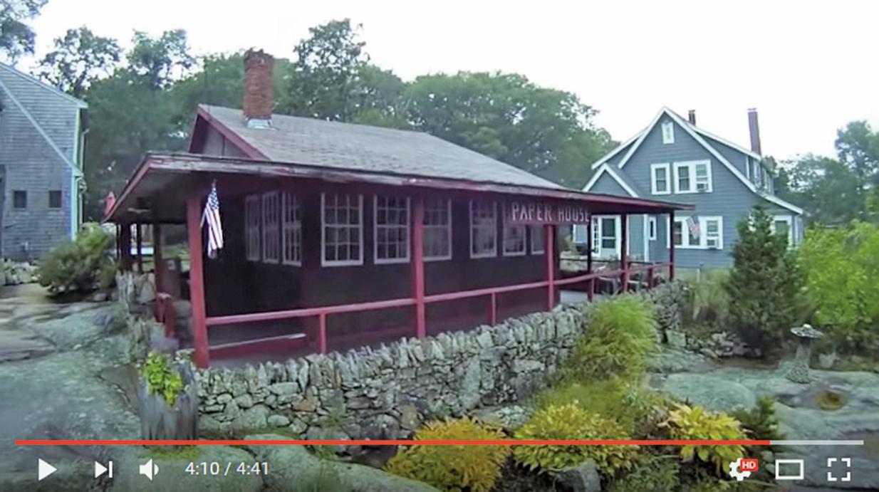 美國麻州洛克港的紙房子建於1920年代,迄今已屹立將近百年。(影片擷圖)