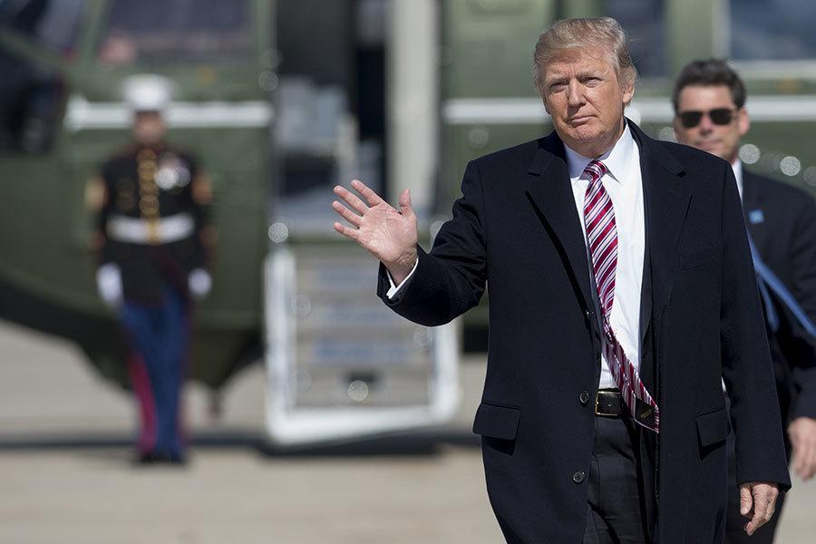 美國總統特朗普周六(3月4日)連發數則推文,指稱去年大選前幾周,前總統奧巴馬竊聽他的電話。(SAUL LOEB/AFP/Getty Images)