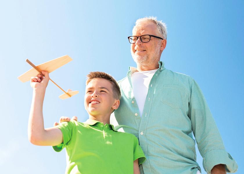 老人偶爾帶孫子 壽命明顯更長