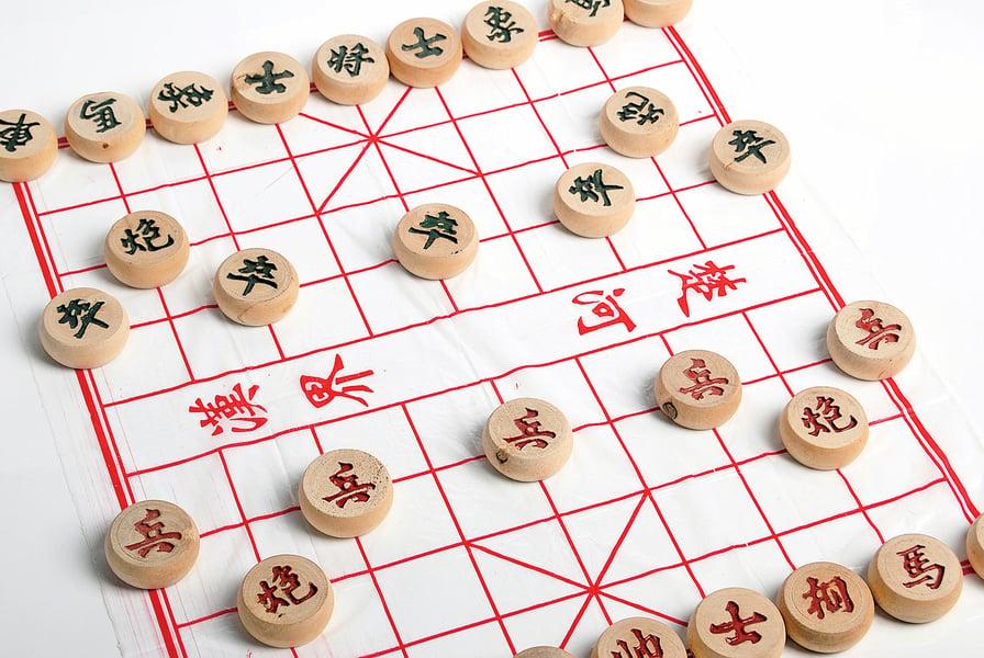 【中華文化100個為甚麼】為什麼象棋棋盤上有