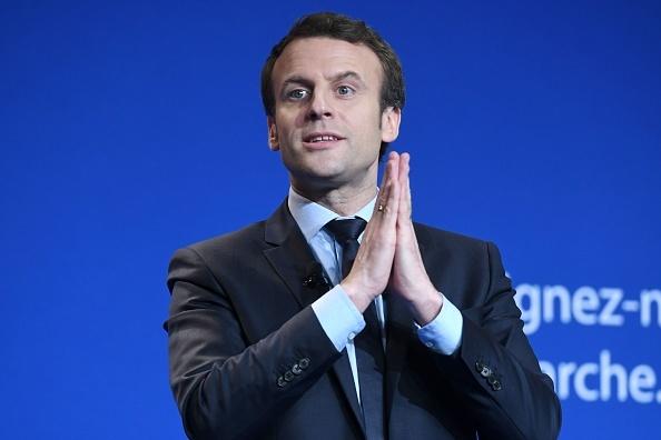 法國總統候選人、「前進」運動領袖馬克隆(Emmanuel Macron)3月4日在北部城市卡昂競選造勢大會上。(JEAN-FRANCOIS MONIER/AFP/Getty Images)