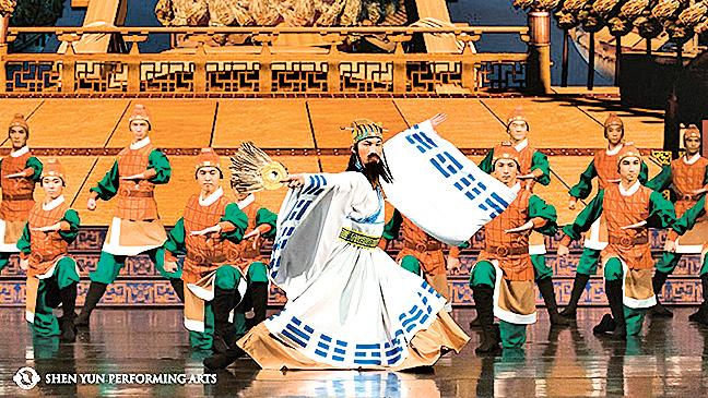 神韻表演的舞劇,三國演義中的諸葛孔明《草船借箭》。(神韻網站)