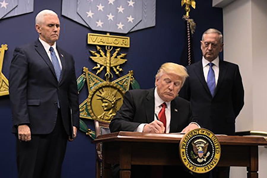 特朗普頒新令暫停對六國發簽證 美民主黨反彈