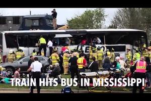 美密西西比火車撞巴士 至少四死數十傷
