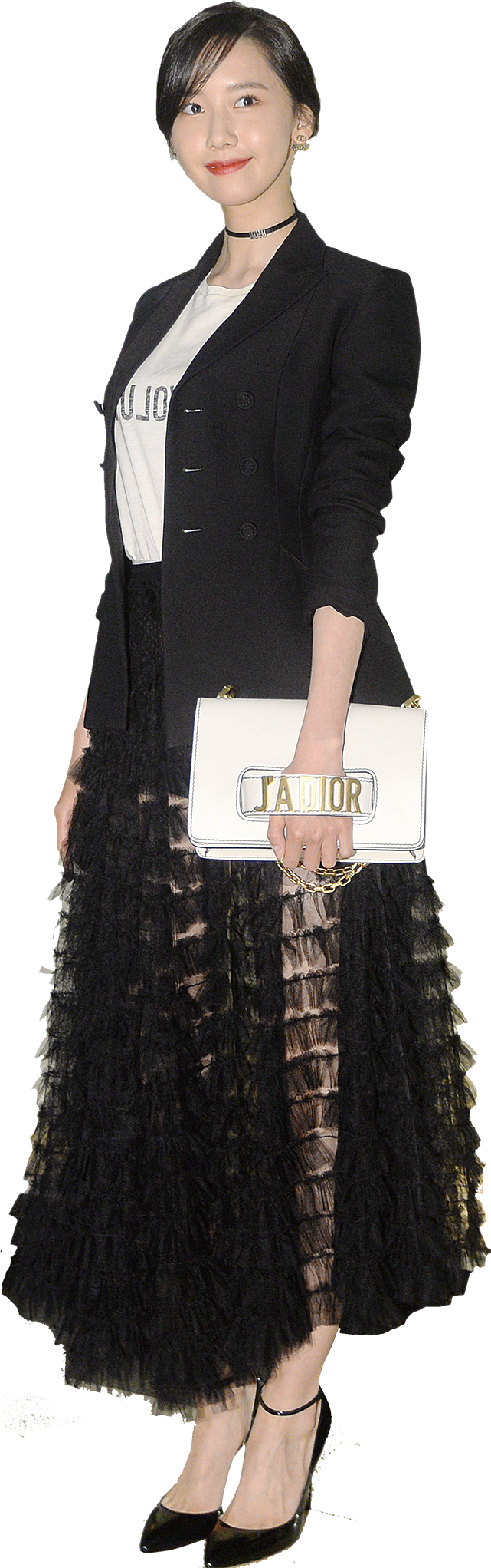 韓國明星允兒來港,演繹2017 Dior 春夏新裝。(宋碧龍/大紀元)