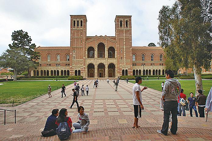 加州大學-洛杉磯分校是全美國申請人數最多的學校,2015年,有超過112,000人申請入學,是全美錄取率最低的公立大學之一。(Getty Images)